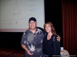 Carla Valencia y Dr. Ihaleakala Hew Len